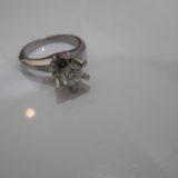 Pt900 ダイヤモンド付リングの買取価格をお教えします